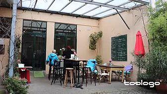 Cafe & Bistro à midi